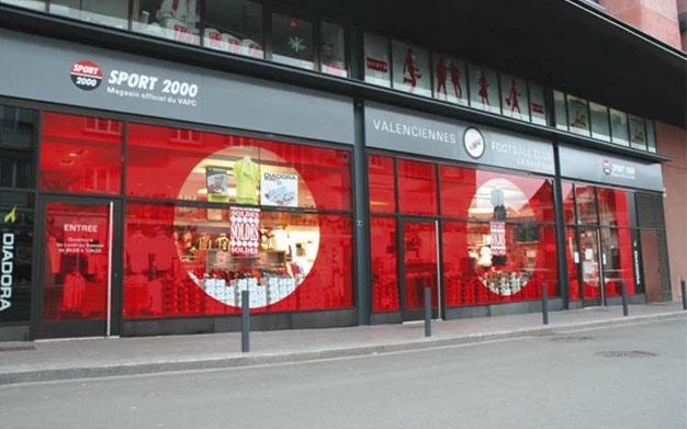 décoration vitrine metz, adhésifs vitrine, agence de publicité